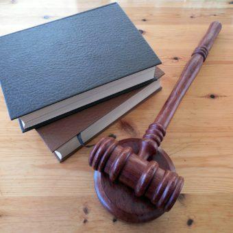 Adwokat a prawnik – jaka jest różnica