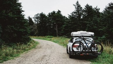 Jak wybrać bagażnik rowerowy na hak