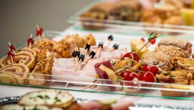 Catering na imprezy rodzinne – czy warto